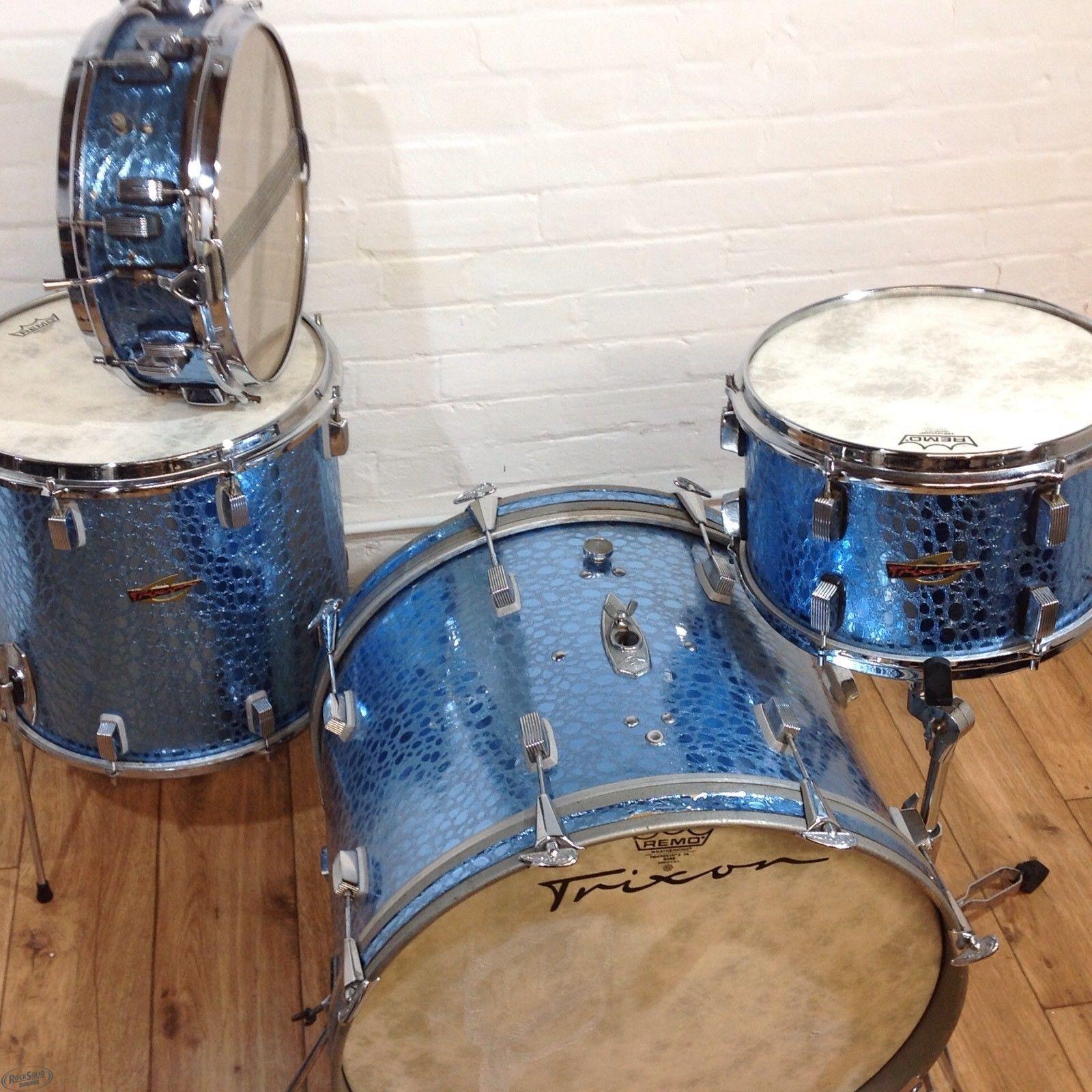 Trixon Luxus Blue Croco kit with Snare Drum – Rock Solid Drums 90def9792